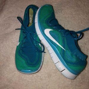 Nike Free 5.0 Shoes Sz 9